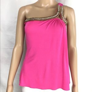 One shoulder top with crystals and golden chain.